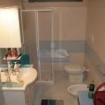 Luxury seafront villa for sale in Italy, Puglia: bathroom
