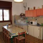 Luxury seafront villa for sale in Italy, Puglia: kitchen