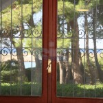 Luxury seafront villa for sale in Italy, Puglia: kitchen view
